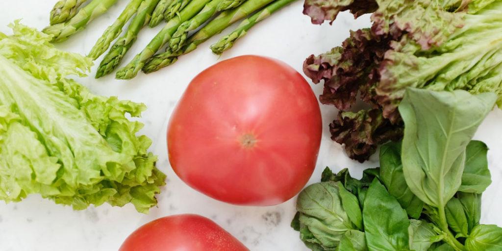 Los vegetales aportan una buena cantidad de agua