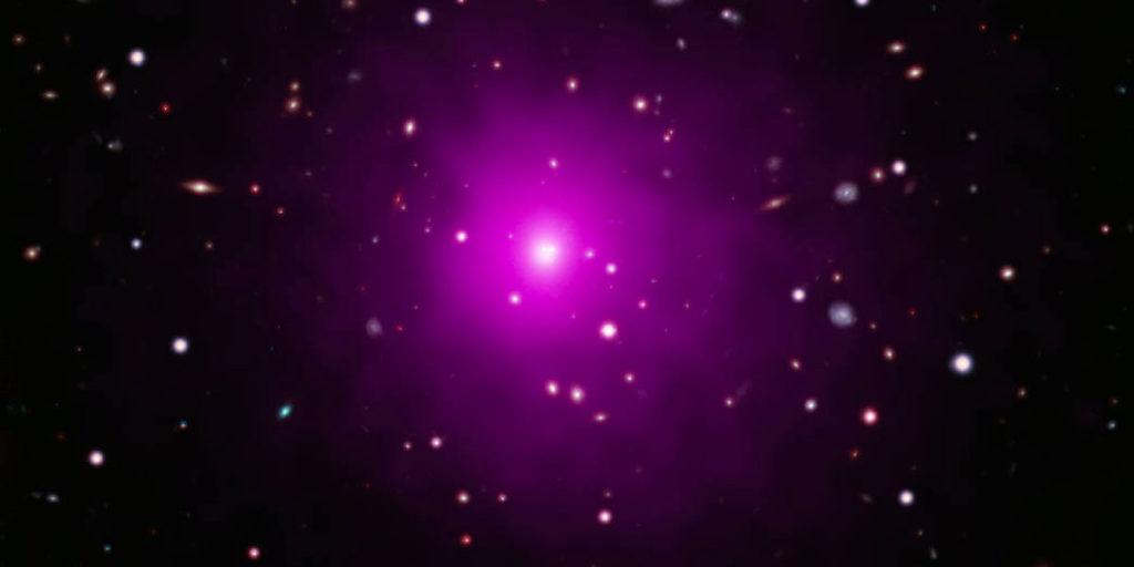 Galaxia Abell 2261